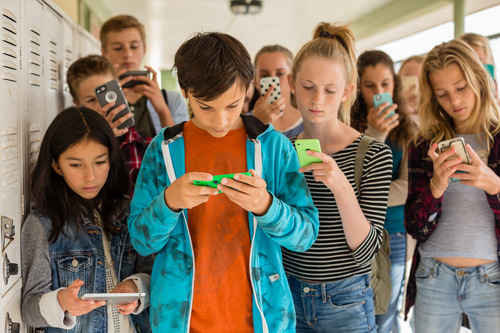 In Screenagers What To Do About Too >> Screenagers Screen Time And Health For Teens And Tweens Charles